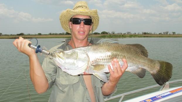 fishing charters darwin barra safaris style